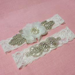 Wholesale Rustic Lace Wedding Garter Sets Wedding Garter Belt Bridal Garter Belt Lace Garter Set Crystal Garter Set Bridal Wedding Accessories
