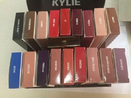 Wholesale New Stocking KYLIE JENNER LIP KIT Kylie Matte Liquid Lipstick Lip Liner Kylie lip Velvetine in Red Velvet Makeup set lipstick lipliner