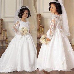 Wholesale Illusion mangas largas vestidos de las niñas de la flor para las bodas Vestidos formales de los niños de la novia pequeña Vestidos del desfile de las muchachas con los lazos Appliques Bow