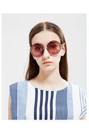 35bd13f3a33 2017 New Designer Round Sunglasses Women Vintage Peach Heart Design UV400  Star Style Luxury Sunglasses 4 Colors