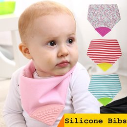 Wholesale NEW Funny Silicone Baby Teething Bibs Pure Cotton Double Layer PU Waterproof Feeding Bandana Bibs Eating Chew Bibs Toys BPA Free Burp Cloth