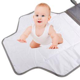 Nouveau grande taille portable bébé changement de la couche de la couche-couche bébé changement tapis tampon imperméable feuille bébé produits de soins Voyage 2110038