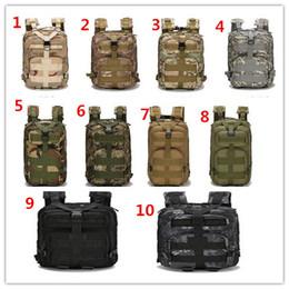 Mochila al aire libre Deportes al aire libre mochila Entusiastas militares Paquete táctico 30 L de Oxford impermeable camuflaje bolsas al por mayor