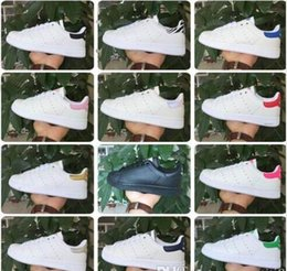Wholesale 2017 Mode Chaussures Hommes Chaussures Casual Superstar stan Femmes Chaussures plates Femmes Chaussures Deportives Femmes Amants Chaussures Femmes