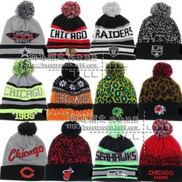2017 wholesale knitted cashmere hat Men's STLOUis Blue Royal 2017 Winter Classic Beanies BlackHawks Beanies wityh pom pom Sport Knit Hat Cuffed Pom Knit Hats for men wholesale knitted cashmere hat on sale
