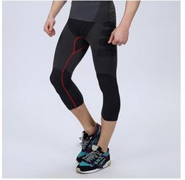 Встрингах и спортивных штанах фото 496-170