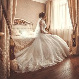 Wholesale Royal Длинные рукава кружева аппликация Кристалл высокого шеи See Through платье принцессы Свадебное плюс размер Свадебные платья свадебное платье