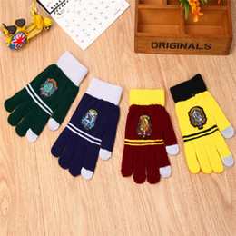 Harry Potter Guantes Hogwarts Gryffindor Slytherin Ravenclaw Hufflepuff Badge Guantes Touch Fingers Golves Regalo de Navidad para hombres mujeres