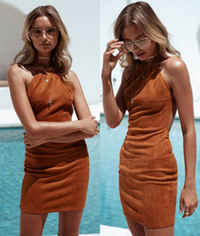 Wholesale Baina Brown Sexy Vestidos Casual para las mujeres Nueva Halter cuello corto Backless Summer Evening Club Party vestidos para damas FS1979