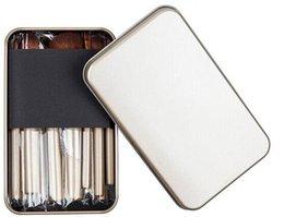 Wholesale Los NUEVOS NUDOS CALIENTES del precio bajo PC set cepillos del maquillaje con la caja del hierro