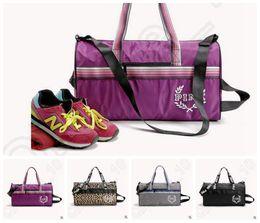 4 cores marcado bolsas Vogue rosa Crossbody saco casual unisex Messenger Bags Victoria Stripe saco praia sacos bolsa CCA5308 10pcs