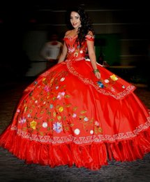 Wholesale 2016 Robes élégantes Quinceanera rouge Sweetheart Broderie Off épaule Sequined Beads Tiered Ball Gowns Prom debutante robes