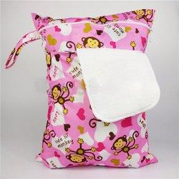 Wholesale Sacs à couches bébé de haute qualité Nappy réutilisable lavable humide tissu sec étanche Diaper Zipper Sac Organisateur