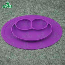 Wholeasle Silicone Smile Plate Mat - Plateau de silicone en une seule pièce + assiette Plats de tasses pour bébés enfants 11 couleurs Livraison gratuite de DHL