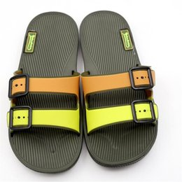 2016 nuevos zapatos de bebé moda borlas diseño niños zapatos suave PU cuero camuflaje niños sandalias