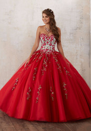 Wholesale 2017 Robe de mariée rose rouge Quinceanera Robes de mariée Beadings Crystal Tulle Sweet Robes Debutante robe Robe pendant ans