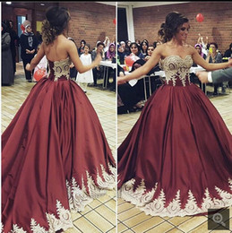 Wholesale Vestido Anos Debutante Robe de bal Sweetheart Vin Red Quinceanera Robes Appliques Lace Up Robe de bal Femmes Robes de soirée formelle