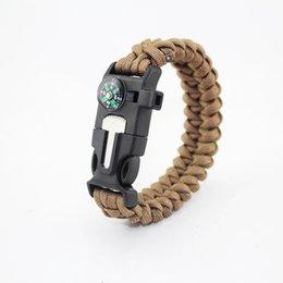 Наружные браслеты выживания 5 в 1 комплекты Gear Escape Paracord Браслет Flint Whistle Компас скребок для кемпинга Пешие прогулки бесплатно