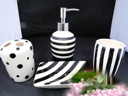 Fashion Black And White Ceramic Bathroom Supplies Wash 4piece Cup Set Lotion Bottle Mug Toothbrush Holder Soap Dish Cheap Black White Bathroom Sets