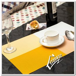 wholesale free shipping home kitchen dining placemat fashion adiabatic pvc strip weave table mat silicone mats dining mat w7 47 c0009 - Kitchen Table Mats
