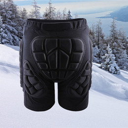 2017 drop shipment New WOLFBIKE Black Short Protective Hip Butt Pad Snowboard Skating Skiing Protection Drop Resistance Roller Padded Shorts free shipment