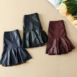 Wholesale 2017 de las nuevas mujeres europeas y americanas de mercancías originales de un solo Wei flojo tipo costura en la falda de los cortocircuitos de la cintura