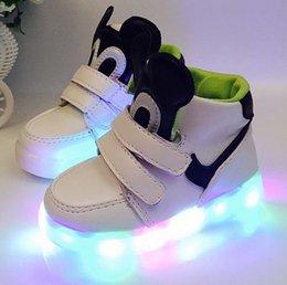 Wholesale 2016 Nouveaux Enfants Led Chaussures Lumineuses Garçons Filles Chaussures Athlétiques Luminaires Chaussures Enfants Chaussures Occasionnels Chaussures Chaussures Chaussures Enfant Chaussures Couleurs