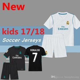 ca4574b0f31 Long Sleeves LS Yellow Navas Kiko Casilla 2017 2018 Real madrid child kit Real  Madrid 2017 2018 Goalkeeper Soccer Jersey ...