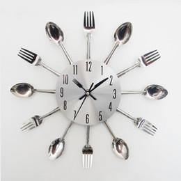 2017 Kitchen Utensils Design Wholesale New Design Happy Gifts Fashion Creative Modern Design Sliver Cutlery