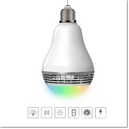Nouveau design e27 led coloré rgb smart bulb sans fil bluetooth aideo lecteur haut-parleur pour samsung s8 s8 plus iphone blackberry LG mobile