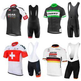 Les nouveaux hommes chauds de vélo de 2017 maillot de vélo de short d'hommes d'été de vélo + de cyclisme réglables de Maillot Giant / IAM / lOTTO