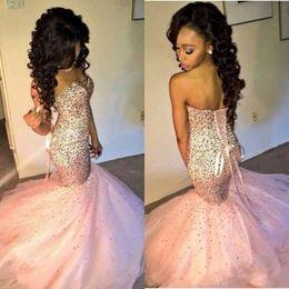 2016 Luxo Crsytal Mermaid Prom Dresses Custom Made Sweetheart Voltar Corset Sexy Pink Party Dress Moda Formal Vestidos de noite Sweep Train