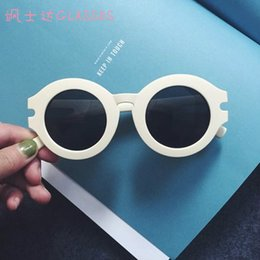 sunglasses online sale co8o  Wholesale-round plastic fashion style sunglasses circle summer women white  shades glasses yellow korean