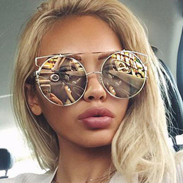 fashionable ladies glasses  Discount Trendy Lady Sunglasses