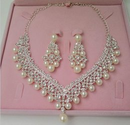 Wholesale 2017 Bridal Jewelry Wedding Bridal Fuxs Pearl Accessories Necklace and Earring Ear Two Pieces Set Wedding Bride Bridesmaid Jewellery