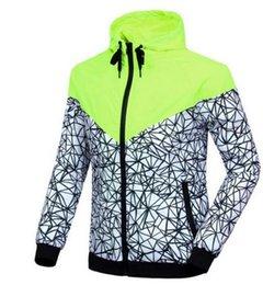 Wholesale La ropa de deportes de los hombres de la chaqueta del Hoodie del otoño del resorte del hombre del envío libre de la venta Hot arropa la ropa de deportes de la camiseta de la camiseta de las capas de la chaqueta del abrigo de viento
