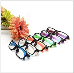 Wholesale Lunettes de soleil unisexe Anti Uv lunettes de soleil de mode de rayonnement lunettes de lunettes anti fatigue Lunettes de soleil d été vintage classique lunettes plates KKA1309