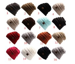 2017 wholesale knitted cashmere hat Unisex CC Trendy Hats Winter Knitted Woolen Beanie Label Fedora Luxury Cable Slouchy Skull Caps Fashion Leisure Beanies Outdoor Hats D32