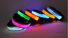 2017 Hot sale LED Light Nylon Color Night Adjustable Flashing Pet Collar  For Dog Safety Cat 7 colors