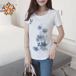 Wholesale Vente en gros fleurs d été papillon T shirt imprimé femmes blancs Tops Mode manches courtes O Neck T shirt occasionnel coton Tee