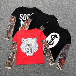Wholesale Tatuaje diseño de la manga de camisetas Bebé Niños Ropa Tops Camisetas otoño de invierno de los niños camiseta de manga larga de costura hip hop