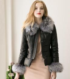 2017 Мода черный лже овчины кожаная куртка для женщин с женской Короткий меховой воротник пальто меховой моды Outwear зимы теплые пальто