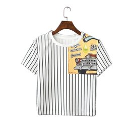 Wholesale Venta al por mayor QI97 Corea Moda Verano Vintage Blanco Striped Car Impresión Camiseta para las mujeres de manga corta Casual Tops de la cosecha