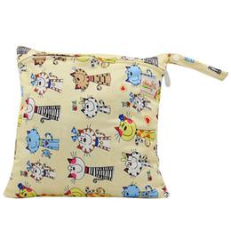 Wholesale OhBabyKa bébé imperméable à l eau sac de rangement de sacs à main environnement réutilisables sac à poussière humide sec clos sac à couches imperméable chiffon