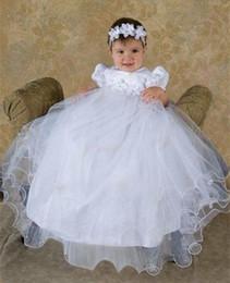 Wholesale 2017 Nuevo vestido hecho a mano del bautizo del niño de Lolita Organza hecho a mano de marfil blanco del cordón del bebé del vestido del bautismo CON el vestido del CABALLO month
