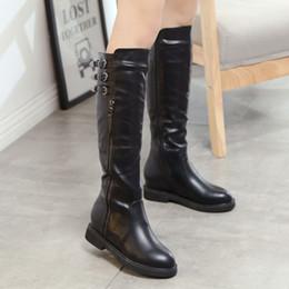 Flat black boots 2017