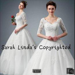 Wholesale Vestido de boda blanco del cordón del nuevo vestido de bola del diseñador que rebordea la media manga de la manga de los cequis modestos viste la venta caliente del vestido de boda árabe musulmán
