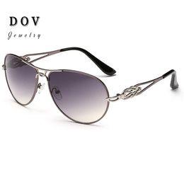 Buy Aviator Sunglasses B4y3