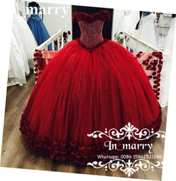 Wholesale Luxe D Floral Cristaux Rouge Quinceanera Prom Dresses Ball Gown Off Shoulder Sweet Masquerade Princesse Debutante Communion Robes