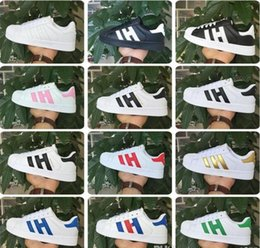 Wholesale 2017 Hot SELL Mode hommes Chaussures Casual Superstar Femmes Chaussures plates Femmes Zapatillas Deportivas Mujer Lovers Sapatos Femmes